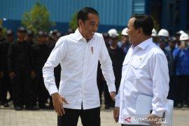 Presiden Jokowi dorong industri strategis prioritaskan kebutuhan alutsista