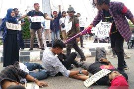 Mahasiswa desak polisi usut tuntas kasus kekerasan wartawan di Aceh Barat