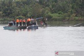 Patroli rutin perairan di Aceh Barat