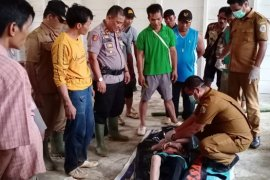 Jenazah ayah dan anak yang hanyut terseret arus sungai Angkola Luar ditemukan