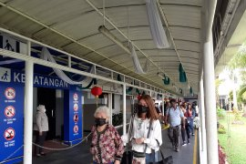 127 wisatawan asal China dipulangkan via Batam