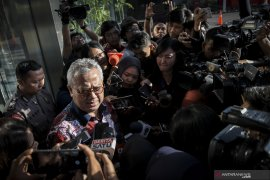 Ketua KPU dicecar 22 pertanyaan sebagai saksi suap pengurusan PAW