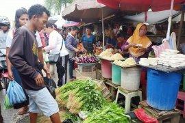 Disperindag Kota Ambon siap relokasi 2.327 pedagang pasar Mardika