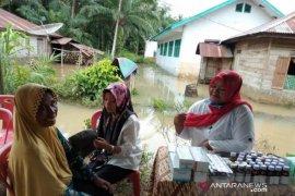 BPBD dirikan Posko kesehatan dilokasi banjir Tapsel