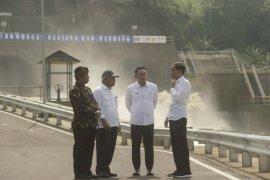 Presiden berharap proyek penanganan banjir hulu Sungai Citarum beres tepat waktu