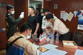 Pemeriksaan ABK asing untuk cegah penyebaran virus corona