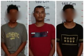 Tiga pemilik narkotika diringkus Polisi Secanggang Langkat