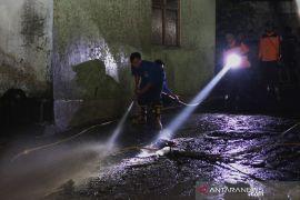 PLN pastikan jaringan listrik di Bondowoso kembali normal pascabanjir bandang