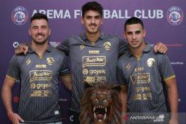 Arema FC mendatangkan tiga pemain asing dari Amerika Latin