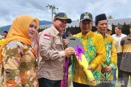 Pemkab bantu ambulance kepada Desa Teluk Gosong dan Batu Tunau