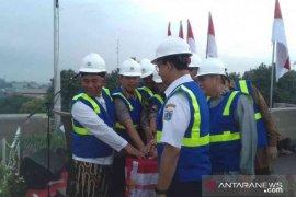 Anies Baswedan resmikan dua jalan layang Bekasi
