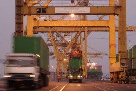 Pelindo III periksa kapal dari China sebelum masuk alur Surabaya