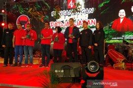 PDIP  menanam 222.000 bibit pohon di Jawa Barat