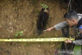 23 lubang tambang emas ilegal di Bogor ditutup