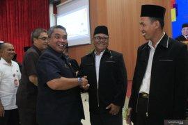 Wali Kota ucapkan selamat pengurus Forum RT RW