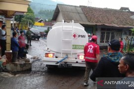 PMI salurkan bantuan ke lokasi banjir Bondowoso Jatim