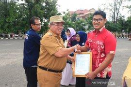 Wali Kota serahkan sertifikat halal IKM