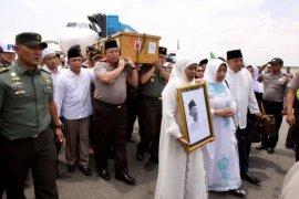 Kapolda Jatim perintahkan Shalat Ggaib untuk Gus Sholah