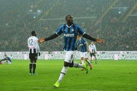 Liga Italia, Dwigol Lukaku antar Inter kembali ke peringkat kedua