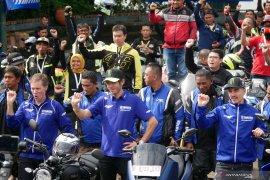 Valentino Rossi dan Vinales sapa penggemarnya di Indonesia