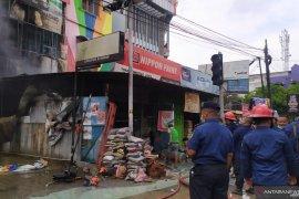 Kebakaran di Medan, 3 orang terbakar