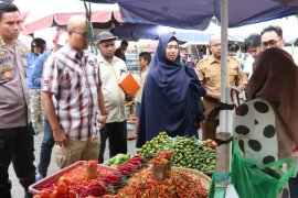 Wabah virus corona pengaruhi harga bawang di Ternate