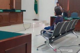Hakim PN Cibinong vonis bebas wanita pembawa anjing ke dalam Masjid