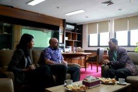 DPRD Jabar belajar ilmu manajemen kesehatan dan pengelolaan sampah dari Kedubes Inggris