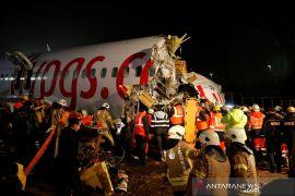 Satu orang  tewas, 157 cedera dalam kecelakaan pesawat di Istanbul