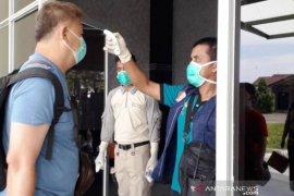 Pemkab Nagan Raya tunggu koordinasi untuk periksa 52 TKA China