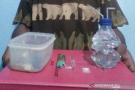Polisi Aceh Utara temukan sabu dan alat isap dari pemuda ini