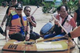 Bupati Tabalong tinjau lokasi banjir Desa Nawin