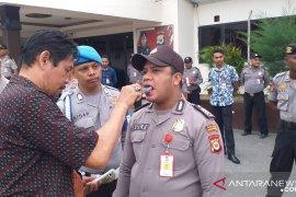 Polisi Ambon mendadak periksa narkoba 25 anggota personel