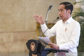 Jokowi: Kasus terduga corona di Indonesia semuanya negatif