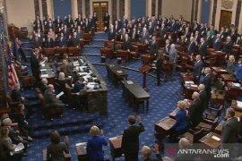 Senat AS bebaskan Trump dari dakwaan pemakzulan