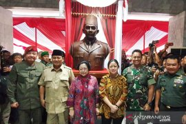 Megawati dan Prabowo hadiri peresmian patung Bung Karno di Akademi Militer