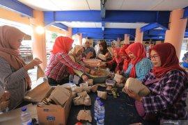 Banjir Tangerang mulai surut, dapur umum PKK tetap siapkan makanan