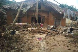 Kemenko PMK siap bangun kembali pelayanan dasar pasca-bencana Lebak