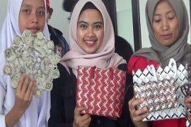 Relawan Sibat PMI manfaatkan sampah plastik untuk didaur ulang