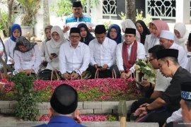 Pengurus Nasdem kunjungi tiga pondok pesantren di Jombang