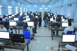 821 Guru kontrak di Aceh Jaya ikut seleksi berbasis komputer