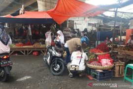 Kasus Pasar Kemirimuka, Pemkot Depok diminta legawa