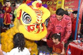 Wali Kota Kediri :  Imlek sarana hormati perbedaan