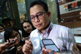 Korupsi proyek Solok Selatan, KPK perpanjang tahan tersangka