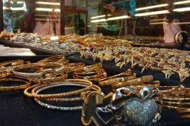 Harga emas di Banda Aceh naik Rp20 ribu per manyam
