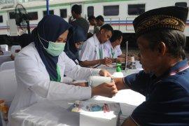 """Klinik """"Hitam Putih"""" buka pengobatan gratis bagi warga kurang mampu"""