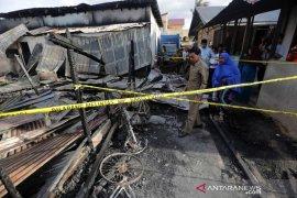 Ketua DPRK Banda Aceh serahkan bantuan untuk korban kebakaran