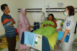 Jasa Raharja Babel Kunjungi Korban Kecelakaan di RSUP Soekarno dan RS Arsani