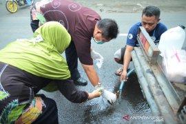 Pipa PDAM rusak, ribuan warga Kota Probolinggo kesulitan air bersih