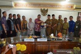 "DPRD Kota Palembang tertarik program aplikasi ""Serang Open"""
